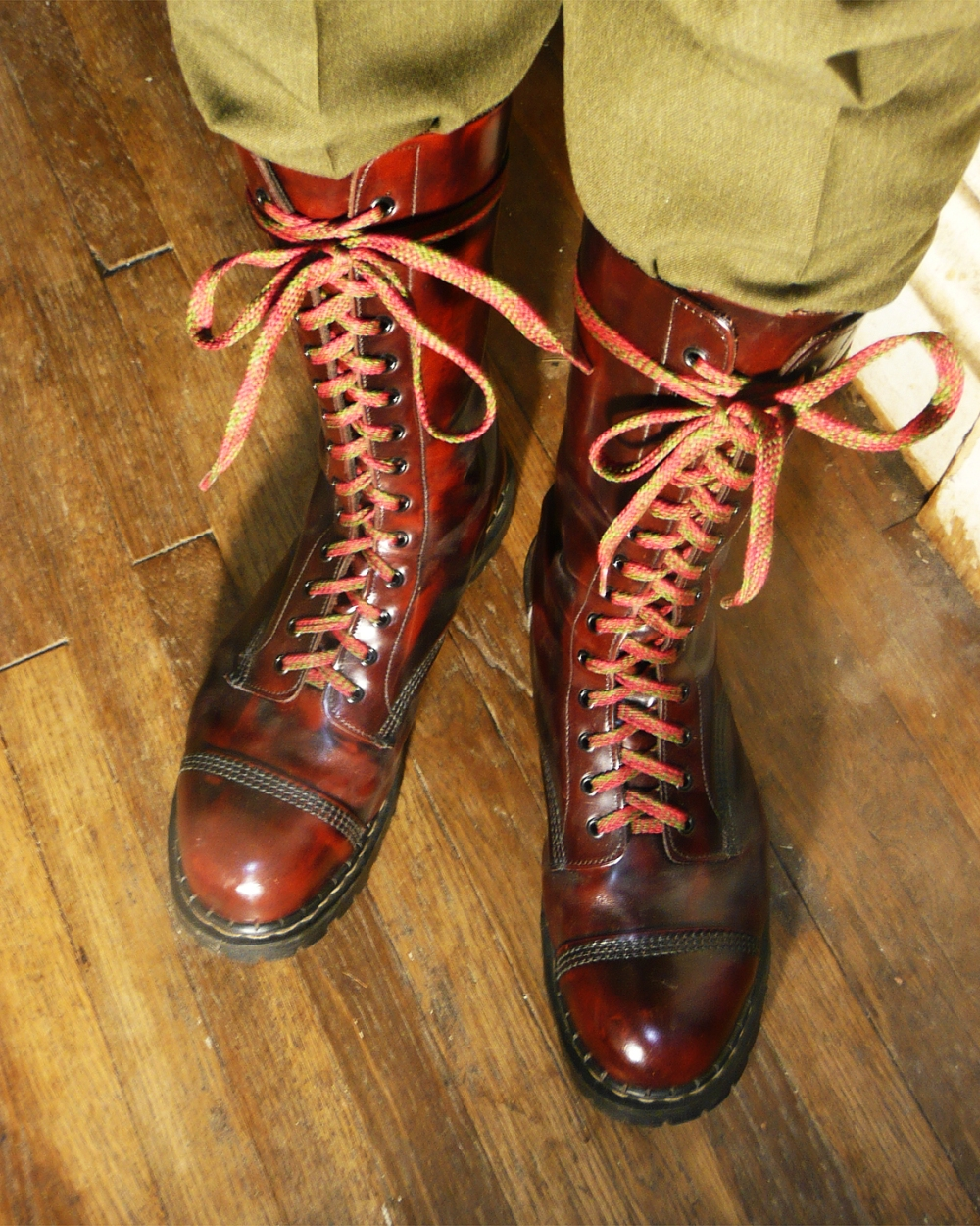 lace-ups 01 - low-res